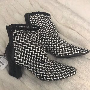 NWT Black and White Zara Booties